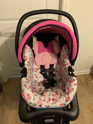 Minnie Mouse Car Seat/Stroller And Bouncer for Sale in Zachary, LA