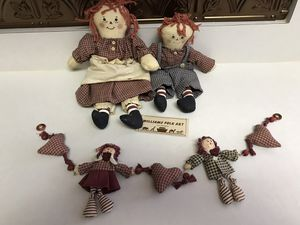 Vintage Handcrafted Raggedy Ann & Andy Garland for Sale in Charlotte, NC