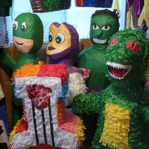 Piñatas $12,$20,$25. for Sale in Hesperia, CA