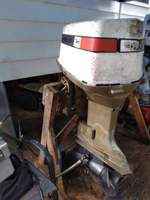 Johnson 135hp outboard motor for Sale in Lanham, MD