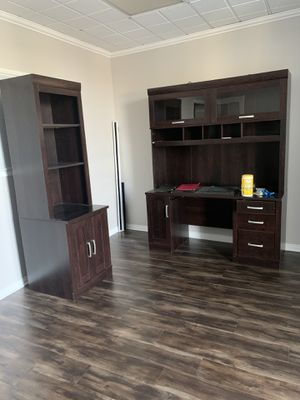 Office desk with 2 matching bookshelves for Sale in Los Angeles, CA