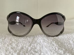 Valentino oversized sunglasses for Sale in Clearwater, FL