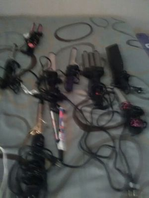 I have curling Combs all kind flat irons you can have all for $30 for Sale in Nashville, TN