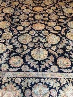 Hand knotted Antique Tea washed 9' x 12' Agra rug for Sale in Alpharetta,  GA