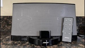 Bose Sound dock 2 for Sale in Bloomington, IL