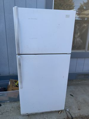 Apartment size refrigerator/freezer for Sale in Morgan Hill, CA