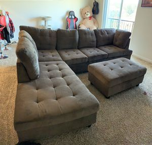 Huge Sectional Couch, 6 months old. 9'x7' for Sale in DuPont, WA