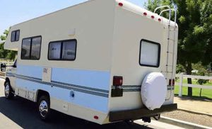 Sale at$1200 - 1994 Fleetwood Jamboree 21 Foot Micro-Mini RV for Sale in Long Beach, CA