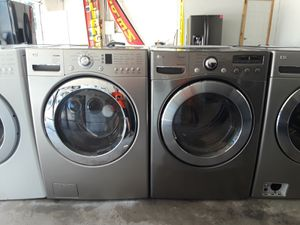 LG Stainless Washer And Gas Dryer for Sale in Austin, TX
