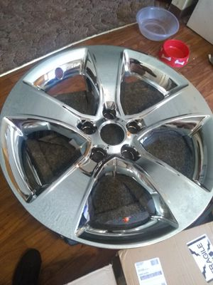 These are for 17in Dodge charger Challenger wheel skins they go over the aluminum or the gray rims and make them look chrome for Sale in Fresno, CA