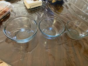 Pyrex clear bowl set of three for Sale in El Cajon, CA