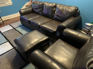 Authentic leather set for Sale in Yonkers, NY