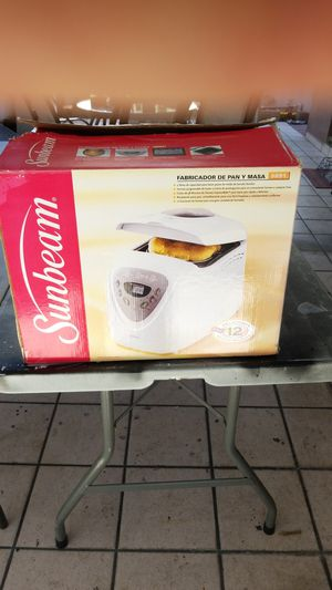 Sunbeam bread maker for Sale in Hialeah Gardens, FL