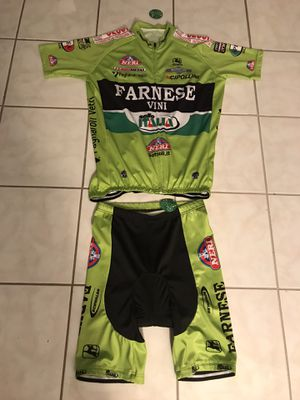 """FOR ROAD BIKE & MOUNTAIN BIKE, New With Tag PRO TEAM: FARNESE. De VINI FANTINI. cycling jersey and shorts set ( USA size XL ) """"PRICE FIRM"""" for Sale in Orlando, FL"""