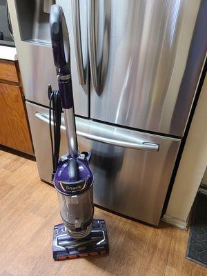 Shark vacuum for Sale in Gardena, CA