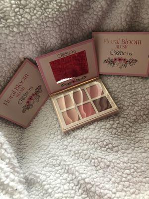 Beautiful MakeUp Palette for Sale in Perris, CA