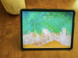 iPad Pro 12.9 256gb WiFi (3rd gen for Sale in Vancouver, WA