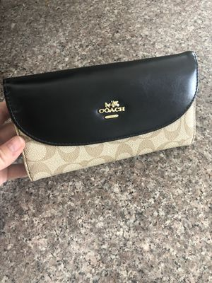 Women's wallet for Sale in El Cajon, CA