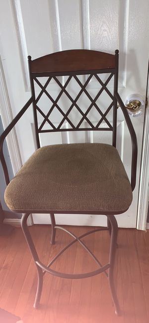 4 swivel bar stools for Sale in Fairfax Station, VA