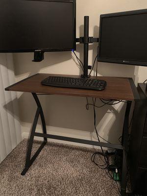 Computer desk for Sale in Houston, TX