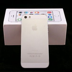 iPhone 5S, (16GB) Factory Unlocked Excellent Condition for Sale in Springfield, VA