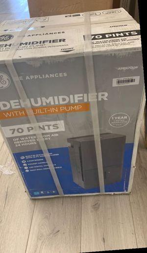 Open box GE Dehumidifier 9M for Sale in Niederwald, TX