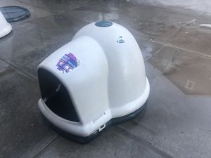 """Igloo2 large dog house 28"""" high for Sale in Saratoga Springs, UT"""