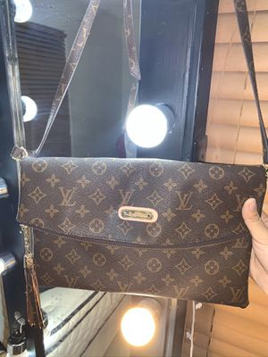 Brown Crossbody Bag for Sale in Galena Park, TX