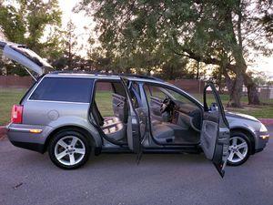 20O4 VW P4SS4T GLX !!! for Sale in Las Vegas, NV
