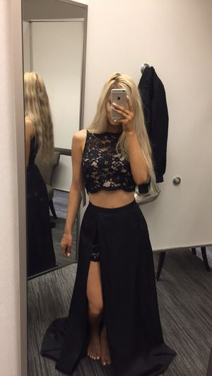 black formal/prom/homecoming dress for Sale in Edgewood, WA