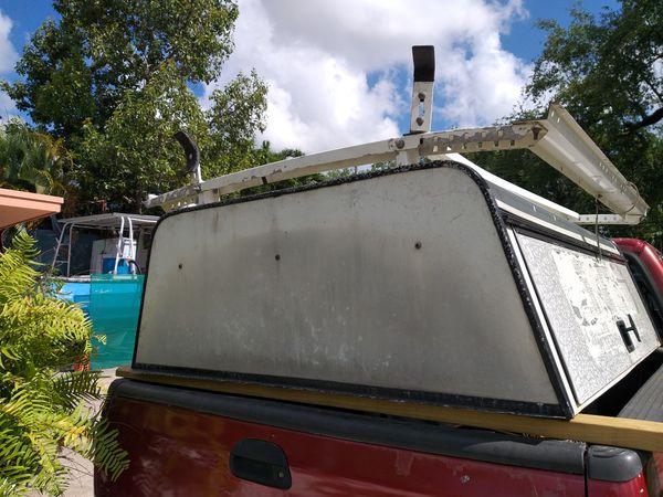 Camper Ford Ranger bed 65 X 72