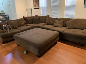 Huge sectional couch! for Sale in San Jose, CA
