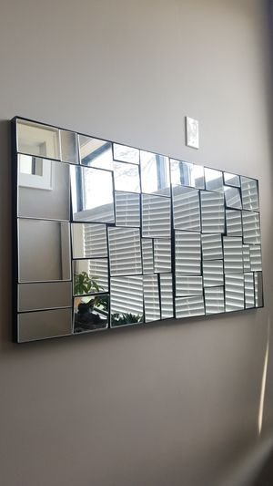 Crate n barrel wall mirrors like new for Sale in Cleveland, OH