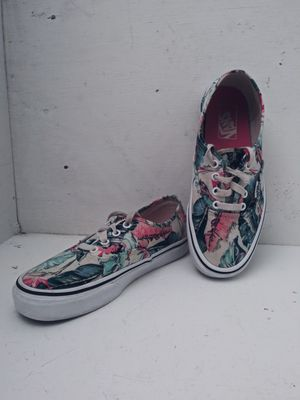 Vans Hawaiian Floral mens size 6 womans 7.5 for Sale in Kennewick, WA
