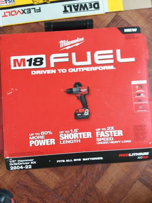 Milwaukee fuel hammer drill comes with 2battery charger asking $180 for Sale in Chicago, IL