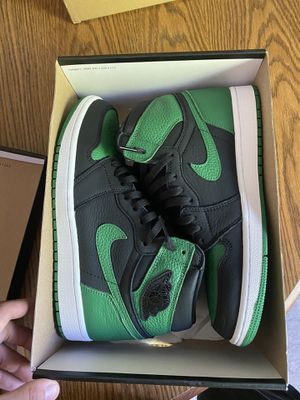 "Jordan 1 ""Pine Green"" 2.0 Size 9 OG 📦 for Sale in Slatington, PA"