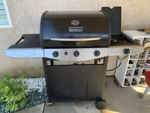 BBQ GRILL for Sale in Sanger, CA
