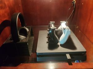PS4 slim for Sale in Shawnee, KS
