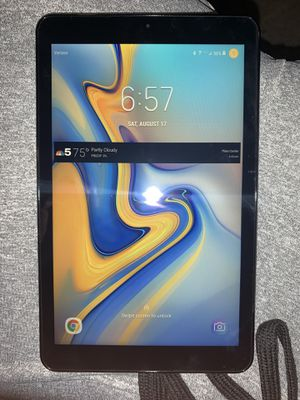 2019 Samsung Tablet w/ Bluetooth Keyboard for Sale in Elgin, IL