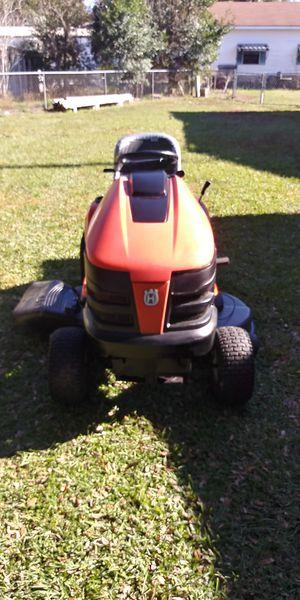 46 inch Husqvarna lawn tractor for Sale in Ocala, FL