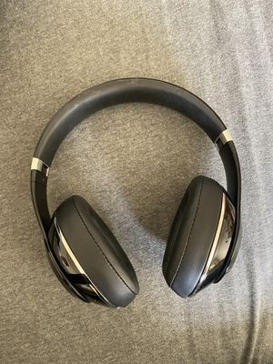 Wireless Beats Headphones for Sale in San Leandro, CA