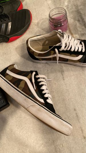 Old skool vans woodland camo size 10 for Sale in Dunnellon, FL