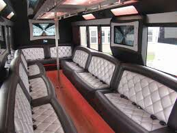 TAILGATE PARTY BUS for Sale in Tampa, FL