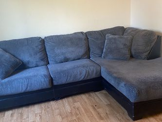 Kumasi Smoke 2 Piece Sectional for Sale in Woodburn,  OR