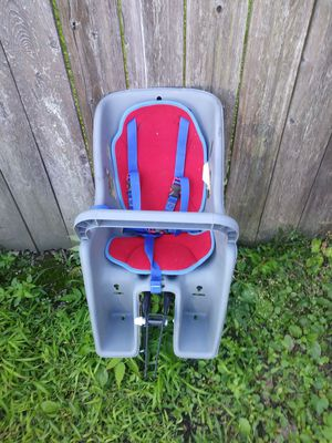 Baby car seat for bike for Sale in Erie, PA
