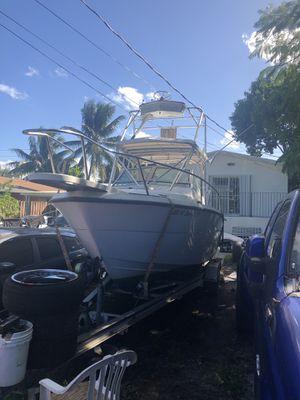 1987 pursuit 25ft twin Suzuki outboard 140hp for Sale in Opa-locka, FL