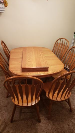 Dinner table and chairs for Sale in Essexville, MI