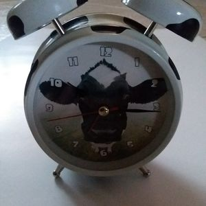 Cow Alarm Clock for Sale in Henderson, NV