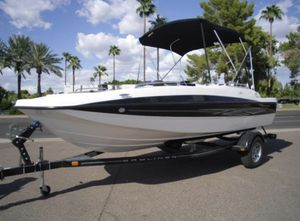 2012 Bayliner deck boat for Sale in Scarsdale, NY