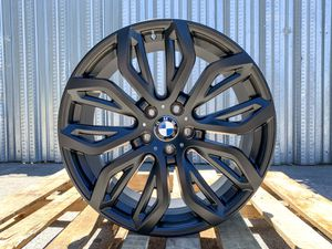 """Bmw new 20"""" x5m style rims tires set for Sale in Hayward, CA"""